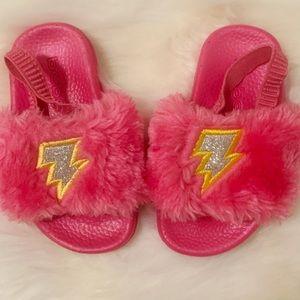BEBE Fuzzy Pink Slides Toddler Sz. 5/6